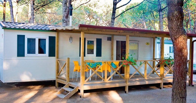 adria mobilheime des camping ca pasquali village mieten. Black Bedroom Furniture Sets. Home Design Ideas